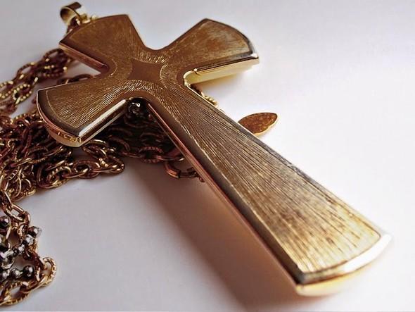 Только потому что крест-часть вторая. Изображение № 80.