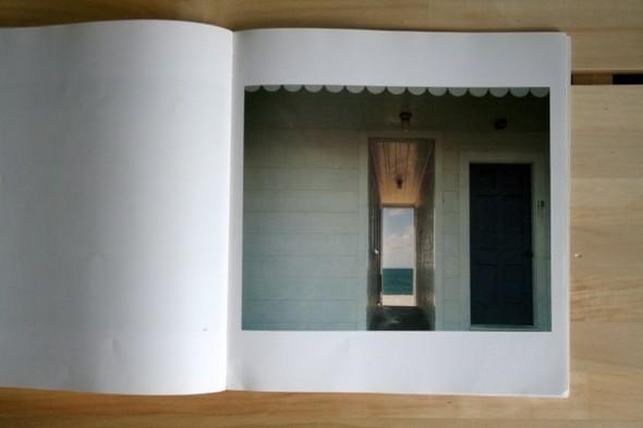 Летняя лихорадка: 15 фотоальбомов о лете. Изображение №117.