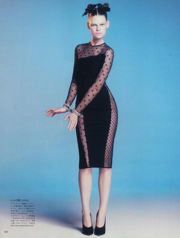 Съёмка: Келли Миттендорф для японского Vogue. Изображение № 4.