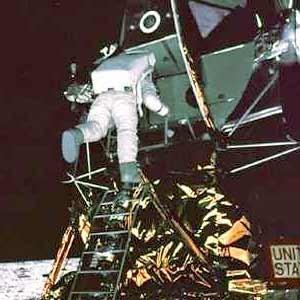 «Лунный заговор» или«Летали лиамериканцы наЛуну?». Изображение № 10.