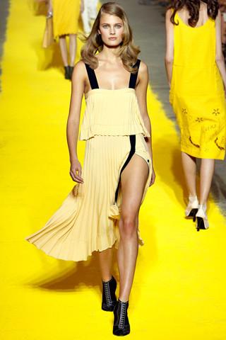 Модный дайджест: Новый дизайнер Sonia Rykiel, книга Кристиана Лубутена, еще одна коллаборация Target. Изображение № 8.