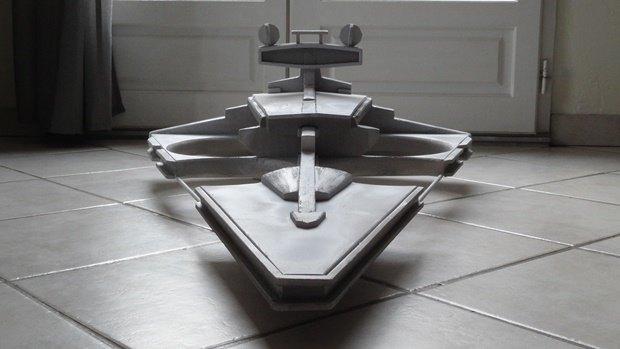 Энтузиаст собрал дрон в виде имперского крейсера. Изображение № 36.