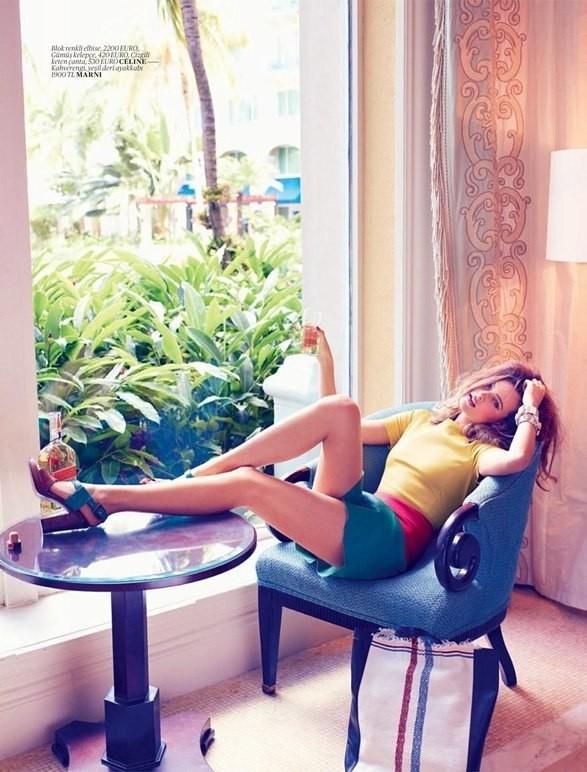Behati Prinsloo для Vogue Turkey. Изображение № 9.
