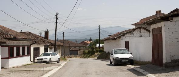 По городам Косова и других балканских стран.. Изображение № 21.