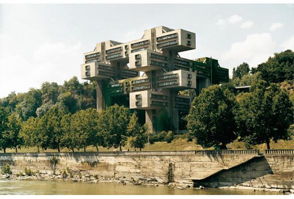 Арт-альбомы недели: 10 книг об утопической архитектуре. Изображение № 15.