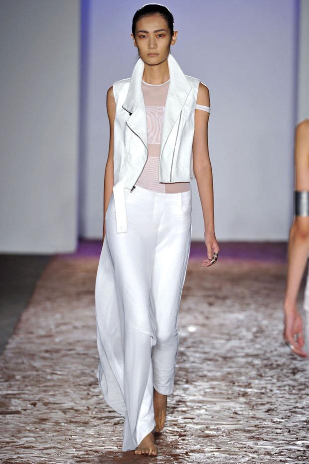 Неделя моды в Нью-Йорке: День 1. Изображение № 22.