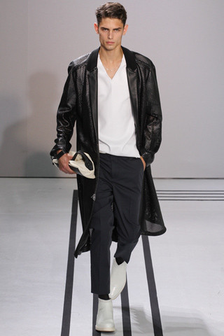 Неделя мужской моды в Париже: День 2. Изображение № 3.