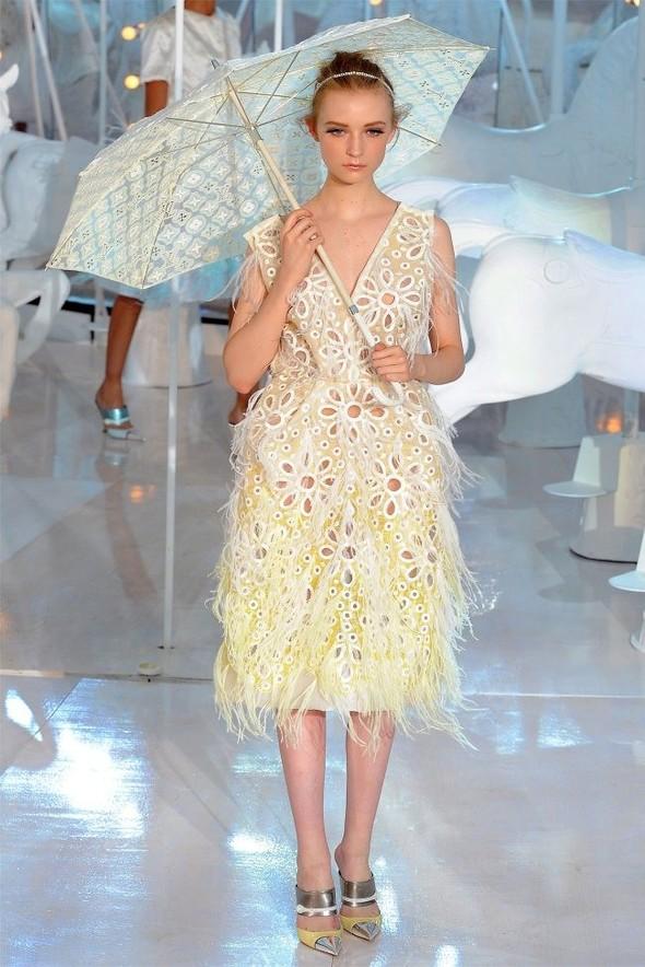 Неделя моды в Париже: Louis Vuitton весна 2012. Изображение № 45.