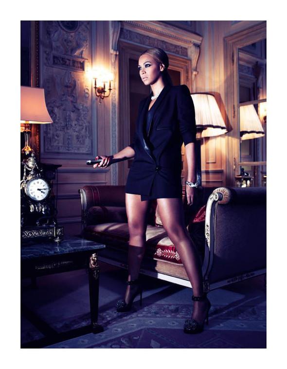 Съёмка: Бейонсе для Harper's Bazaar. Изображение № 1.