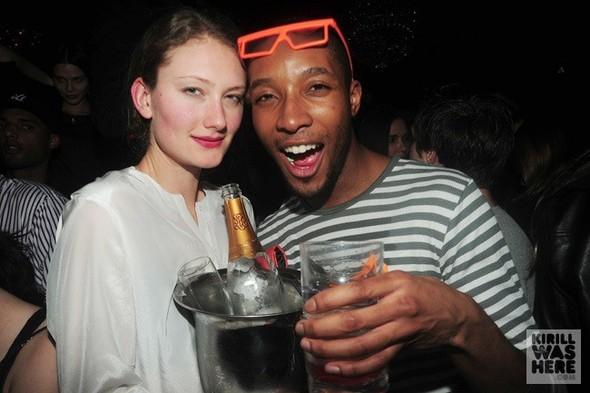 Party people\Party shots от Кирилла Бичутского. Изображение № 9.