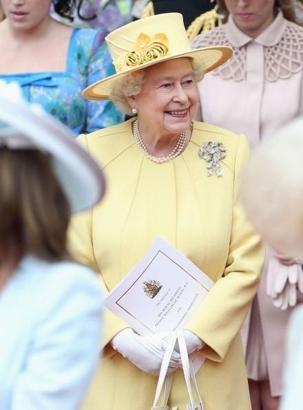 Бриллиантовая королева. Изображение № 10.