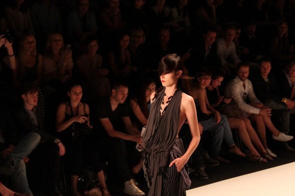 Показ A.F.Vandevorst на Неделе моды в Берлине. Изображение № 1.