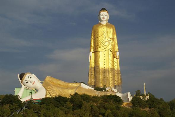 Померялись длиной: самые высокие статуи в мире. Изображение № 14.