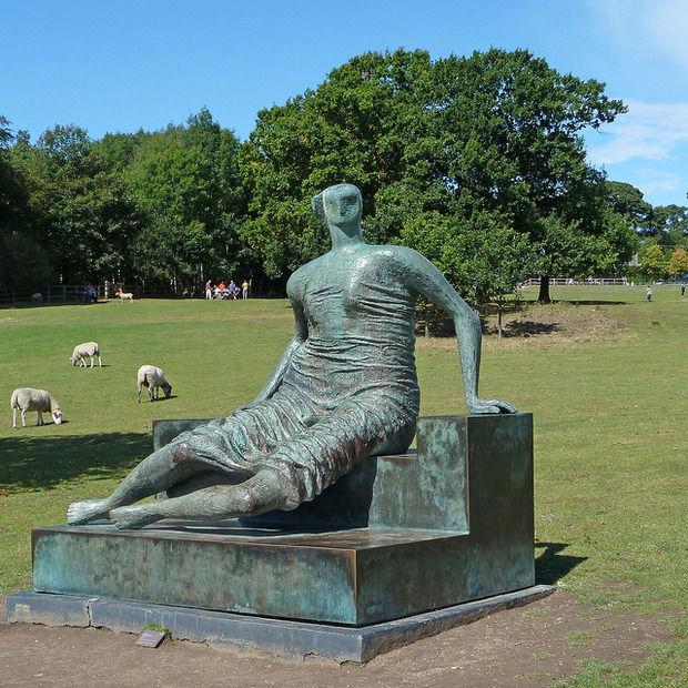 Работа Генри Мура в Йоркширском парке скульптур. Изображение № 1.