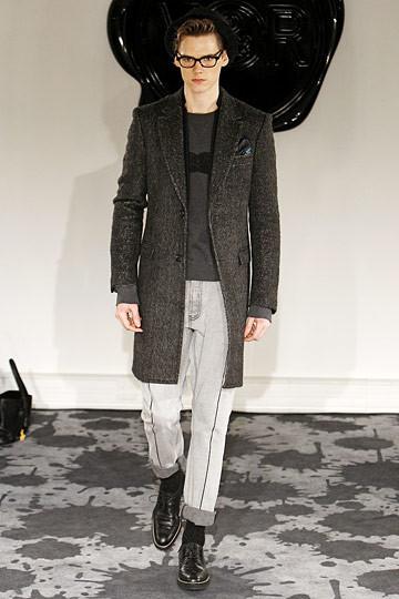 Неделя моды в Париже: мужские показы. Изображение № 23.