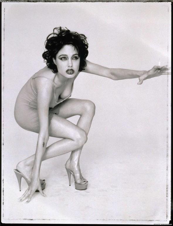 Happy Birthday. Angelina Jolie. Изображение № 2.