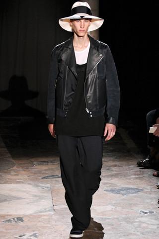 Неделя мужской моды в Париже: День 4. Изображение № 6.