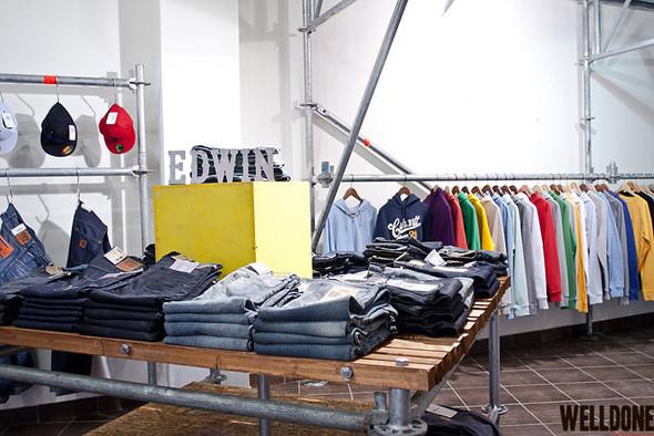 """Новый магазин одежды """"Welldone"""" в FLACON'е. Изображение № 12."""