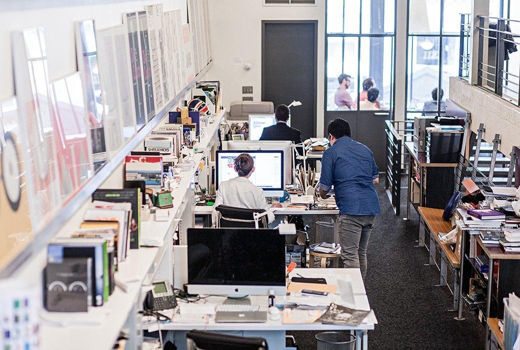Гельветика и ретро: Как выглядит офис легендарного дизайн-бюро Pentagram. Изображение № 10.