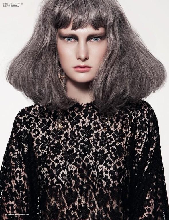 Съёмка: Илонка Верхел в Dolce & Gabbana для 10. Изображение № 2.