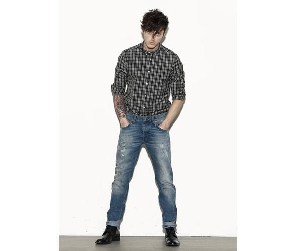 Как подвернуть джинсы - wikiHow