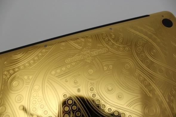 Макбук из золота от Computer Choppers. Изображение № 1.