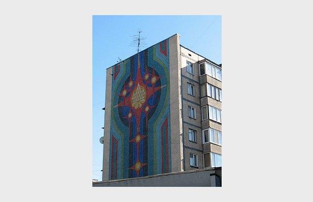Мозаичное украшение фасада в Киеве. Изображение № 5.
