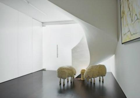 Дизайн-дайджест: Книга мифов о Бэнкси, выставка Ай Вэйвэя и арт-ярмарка FIAC в Париже. Изображение № 16.