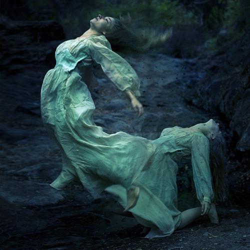 Brooke Shaden - Смерть & Сюрреализм. Изображение № 3.