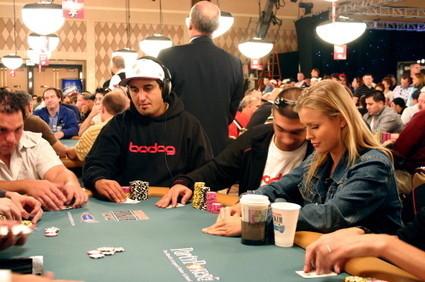 «Покер: Элегантный феномен азарта». Изображение № 8.