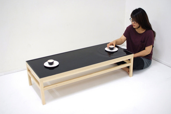 Стол с «жидкой» поверхностью. Изображение № 6.