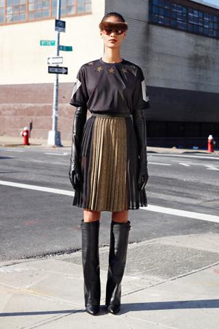 Givenchy Pre-Fall 2012. Изображение № 9.