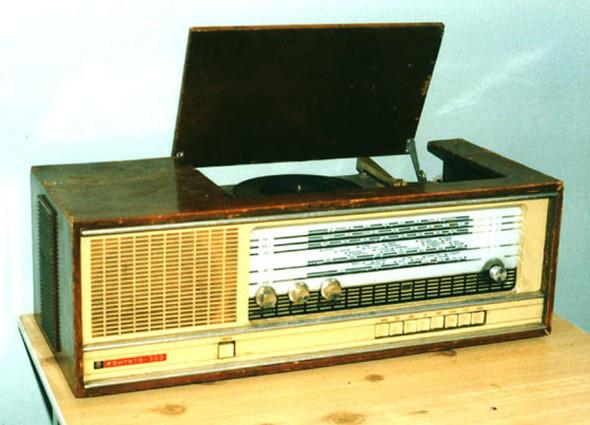 Радиоприемники в стиле ретро. Изображение № 28.