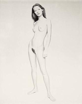 Части тела: Обнаженные женщины на фотографиях 1990-2000-х годов. Изображение №114.