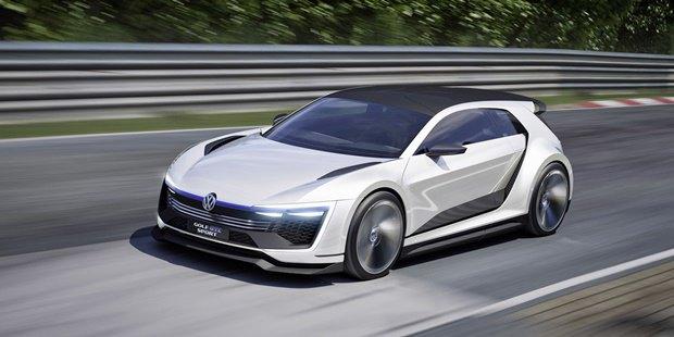 Volkswagen показал концепт автомобиля Golf GTE Sport . Изображение № 1.