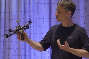 Одной строкой: Летающие роботы, порно в маске виртуальной реальности и так далее. Изображение № 5.