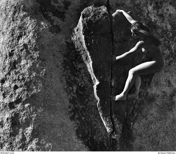 Dean Fidelman. Stone nudes. Изображение № 13.