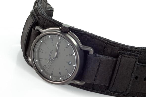 Финальная распродажа часовой марки NIXON.. Изображение № 11.