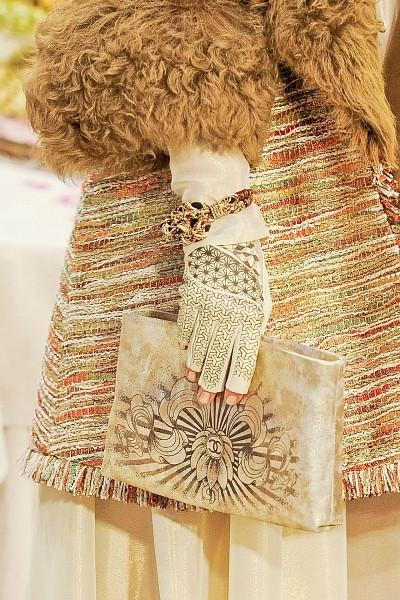 Детали с показа Chanel Pre-Fall 2012. Изображение № 35.
