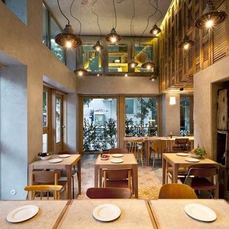 На скорую руку: Фаст-фуды и недорогие кафе 2011 года. Изображение № 83.