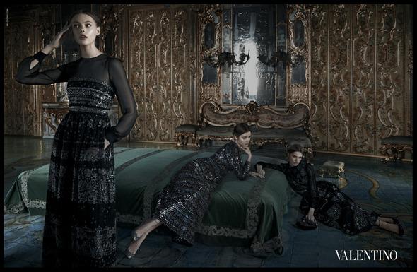 Кампания: Valentino A/W '12. Изображение № 2.