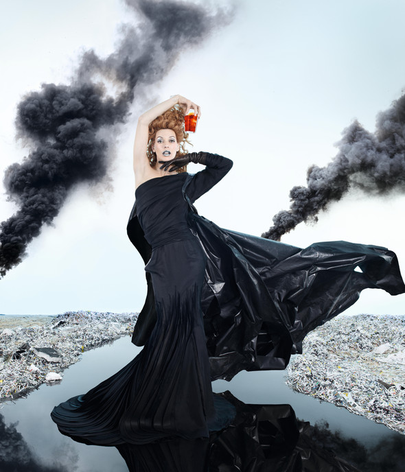 Мила Йовович в календаре Campari 2012. Изображение № 5.