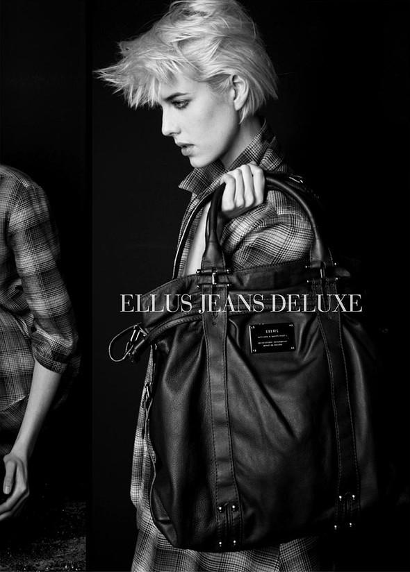 Ellus Jeans Deluxe FallWinter 2009. Изображение № 11.