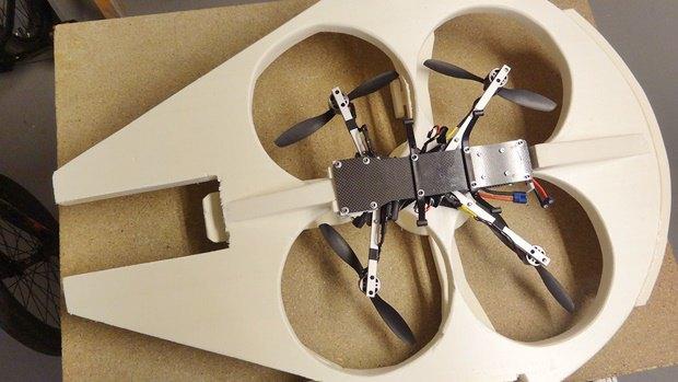 Энтузиаст построил дрон в виде «Тысячелетнего сокола». Изображение № 18.