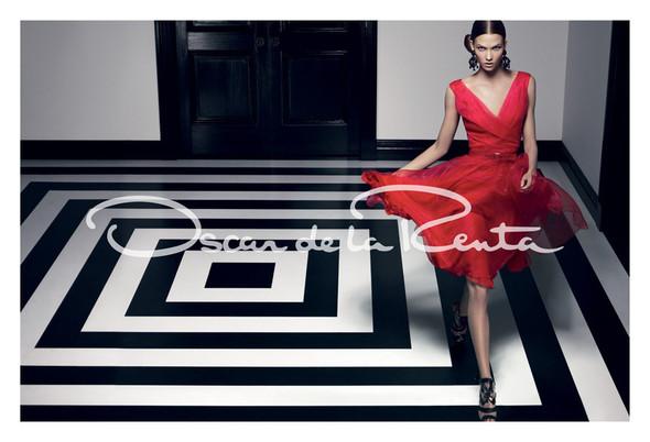 Кампания: Карли Клосс для Oscar de la Renta SS 2012. Изображение № 3.