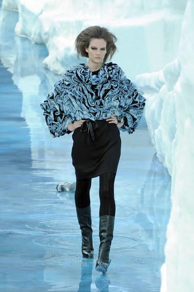 Ледяное шоу от Chanel. Изображение № 14.