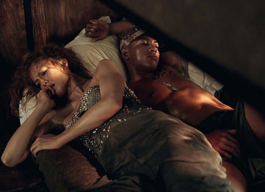 «Make Love NotWar» by Steven Meisel Vogue Italy. Изображение № 16.