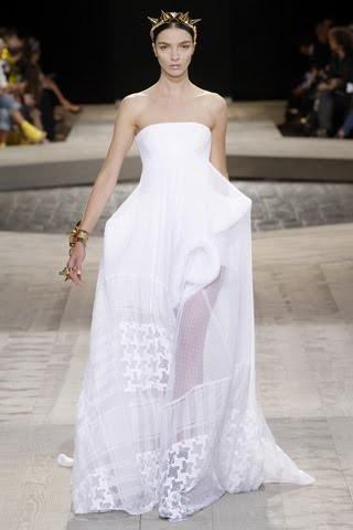 Viva Maria! Italian beauty - Mariacarla Boscono. Изображение № 22.