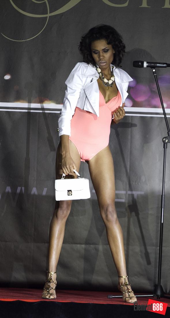 Неделя моды от «Эстет»: осень-2011 (05.10.2011). Изображение № 1.