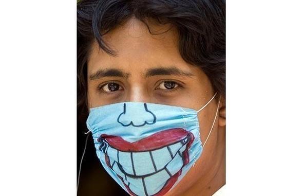 Мексиканцы прошлись юмором по«свиному гриппу». Изображение № 11.